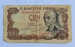 Peseta (FaceMePLS) Tags: money nederland thenetherlands memorabilia geld vroeger herinnering meuk bankbiljet facemepls cienpesetas 100pesetas betaalmiddel elbancodeespana 2w7369193