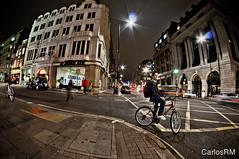London Street Photo (FishEye) (Carlos RM) Tags: street london photo nikon fisheye falcon 8mm d90 carlosrm