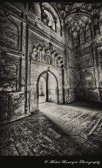Safdar_8(BW) (Mukul Banerjee (www.mukulbanerjee.com)) Tags: old india heritage history tourism monument beautiful stone architecture photography ancient nikon pics delhi indian muslim islam tomb tourist mausoleum photographs historical dslr hdr medival bharat newdelhi islamic d300 mughal sigma1020mm safdarjungstomb lodhiroad mukul mughals safdarjang banerjee historicalindia safdarjung indianheritage safdarjungs medivalindia bymukulbanerjee mukulbanerjee mukulbanerjee mukulbanerjeephotography mukulbanerjeephotography wwwmukulbanerjeecom wwwmukulbanerjeecom