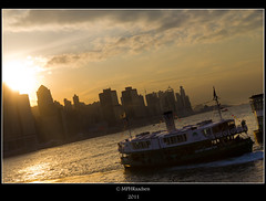 Starring a ferry (mraadsen) Tags: ferry skyline hongkong zonsondergang asia flickr starferry