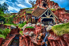 Splish Splash Mountain (hbmike2000) Tags: mill water waterfall nikon disneyland disney d200 hdr splashmountain crittercountry ourdailytopic hbmike2000 brerpatch anybodyseenmytowel