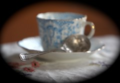 arty teacup shot (feefoxfotos) Tags: antique teacup teaspoon jamspoon feefoxfotos oakjam ourdailychalleng3