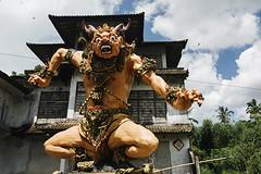 Gunung Kawi temple (Marina Nozyer) Tags: bali temple gunung tampak kawi siring tanpaksiring
