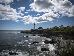 Cloudy day -1- (CTfoto2013) Tags: sea sky usa cloud lighthouse house seascape building fall beach nature water sunshine rock architecture clouds america automne portland landscape lumix bay coast seaside marine rocks eau waves mood cloudy outdoor marin maine newengland wave atmosphere stormy panasonic automn shore lumiere cote nuage nuages paysage maison vagues plage phare atlanticocean reflets backwash rochers portlandheadlight hightide eastcoast baie rivage ambiance rockformation capeelizabeth nuageux borddemer oceanatlantique ressac orageux mareehaute delanopark fortwilliamsstatepark gx7