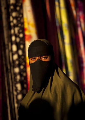 Woman in Boroma market - Somaliland