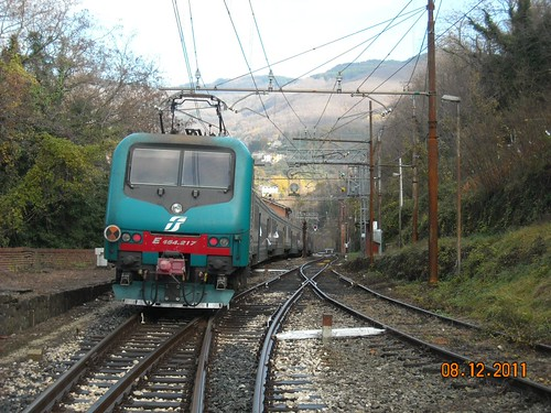 """Treno Mercatini Pistoia-Vergato. • <a style=""""font-size:0.8em;"""" href=""""http://www.flickr.com/photos/64273852@N03/6488362653/"""" target=""""_blank"""">View on Flickr</a>"""