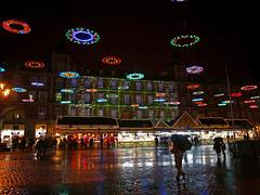Plaza Mayor de Madrid en Navidad (stephenhaworth) Tags: madrid christmas rain night lights navidad luces noche lluvia plazamayor