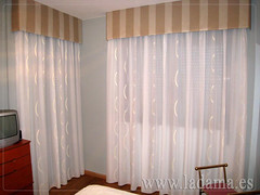 "Cortinas Clásicas con Bando • <a style=""font-size:0.8em;"" href=""http://www.flickr.com/photos/67662386@N08/6501341547/"" target=""_blank"">View on Flickr</a>"