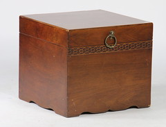76. Document Box