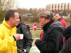 """Avec Alain Le Vern en vélo devant la gare de Val-de-Reuil • <a style=""""font-size:0.8em;"""" href=""""http://www.flickr.com/photos/70502024@N04/6517095655/"""" target=""""_blank"""">View on Flickr</a>"""