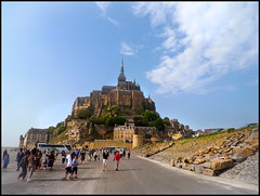 Le Mont Saint-Michel (Hetx) Tags: old mountain france castle abbey saint french island coast michael spring ancient europe european fort michelle medieval norman april stmichel fortification normandy mont middleages michell montstmichel mediaeval monestary saintmichel normand