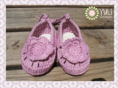 Flower cotton crochet baby slippers (Yuli handmade) Tags: handmade crochet cotton yuli crochetflowers babyslippers crochetslippers yulihandame crochetbabyslippers babymarryjane