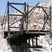 Uno dei numerosi ponti usati dai raccoglitori di guano (escrementi di uccelli)