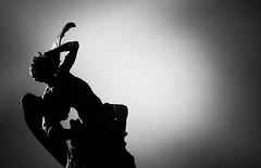Fallen Angel (susivinh) Tags: madrid park blackandwhite bw blancoynegro statue angel fallen devil estatua retiro judas demonio