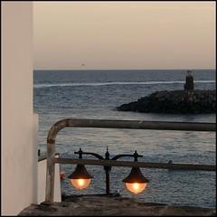 Vuelvo a Lanzarote (nuska2008) Tags: nuska2008 lanzarote islascanarias atardecer playablanca nanebotas faro farola españa worldwidelandscapes europa tramonto sunset destinosturísticos travel océanoatlántico islas tranquility paz horizontemarino olympusu1060s1060 flickr vacaciones islasafortunada