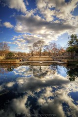Jardins de la Fontaine (Le***Refs *PHOTOGRAPHIE*) Tags: reflection water colors architecture clouds nikon wideangle reflet nuages nimes parc hdr jardins verticale romaine 10mm d90 jardindelafontaine lerefs