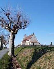 Mauvezin-sur-Gupie - L'Eglise Saint Pierre 02 (kinsarvik) Tags: church eglise chapelle lotetgaronne valdegaronne mauvezinsurgupie