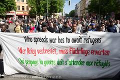 neuer-refugee-hungerstreik-1 (Bjrn Kietzmann) Tags: demo refugee refugees protest demonstration alexanderplatz bcc hausdeslehrers 2014 mahnwache dublin2 hungerstrike flchtlinge verzweiflung abschiebungen hungern ffentlich verzweifelt asyl kietzmann protestieren grunerstrasse bleiberecht anerkennung hungerstreik grunerstrase bjrnkietzmann dublinii grunerstr dauermahnwache flchtlingsprotest flchtlingsproteste rechtaufasyl abschiebestopp