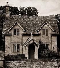 _Estate Cottage_DSC06817 (Ian Gearing) Tags: uk england west building stone cottage arboretum cotswolds gloucestershire westonbirt glos