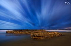 Quick nights (alonsodr) Tags: longexposure nightphotography seascape lightpainting portugal night marina noche nocturnal sony torch nocturna alpha alonso aljezur carlzeiss linterna largaexposicin costavicentina alonsodr alpha99 a99 fotografanocturna alonsodaz cz1635mm