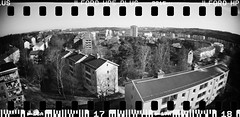 20160404-DSC_8721 (sarajoelsson) Tags: city urban blackandwhite bw panorama film monochrome 35mm gteborg march sweden gothenburg toycamera wideangle panoramic hp5 135 ilford everydaylife 2016 plasticlens filmphotography sprocketholes filmisnotdead filmshooter teamframkallning sprocketrocket believeinfilm digitizedwithdslr