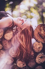 Dreamer (hispan.hun) Tags: wood summer portrait green girl sunshine forest canon vintage spring sony longhair 85mm bark redhair lumberjack lumber canonfd sonyphotography hispanhu hispansphotoblog