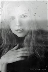 Un week-end en hiver (Bruno French Riviera) Tags: portrait window monochrome beautiful face pretty portraiture jolie fenetre visage brunofrenchriviera
