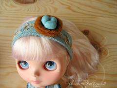 Robin's nest headband