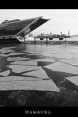 Dockland (hhmare!) Tags: cold ice river frost hamburg frosty hafen fluss eis elbe klte dockland