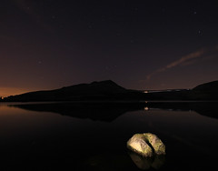 Still waters and a full moon :) (Craig Hannah) Tags: uk longexposure england rock stone night stars bare yorkshire bottom arse bum reservoir fullmoon oldham greenfield pennine peakdistrictnationalpark dovestones saddleworth rspb chewvalley greatermanchester westriding dovestonesreservoir pdnp
