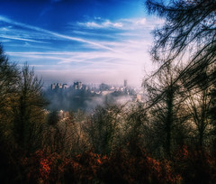 Fog over ludlow (runman555) Tags: wow1 wow2 wow3 wow4 wowhalloffame mygearandme mygearandmepremium mygearandmebronze mygearandmesilver mygearandmegold mygearandmeplatinum mygearandmediamond ringexcellence dblringexcellence tplringexcellence flickrstruereflection1 eltringexcellence