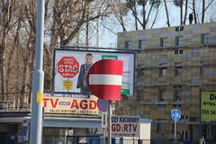 Curved traffic sign , Gdańsk 13.03.2012 (szogun000) Tags: sign canon cityscape traffic poland polska bent pomeranian pomerania gdańsk trójmiasto pomorze tricity pomorskie canoneos550d canonefs18135mmf3556is