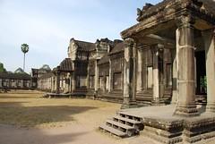 2012 03 05 - 090139z - Angkor Wat p.m. - U 016