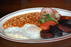 "Irish Breakfast • <a style=""font-size:0.8em;"" href=""http://www.flickr.com/photos/77499577@N07/7139067057/"" target=""_blank"">View on Flickr</a>"