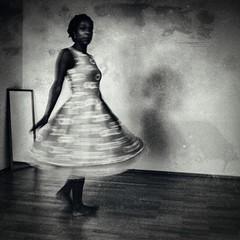 Seora de Ella (perspektive68) Tags: portrait woman monochrome mirror blackwhite dress dancer