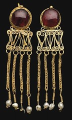 Ancient Rome. Pair of Roman Gold and Garnet Earrings, ca. 2nd - 3rd Century AD. (mike catalonian) Tags: gold jewelry earrings garnet ancientrome 2ndcenturyad 3rdcenturyad