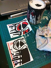 Playing with flat enamel (tapaz_art) Tags: street streetart graffiti sticker stickerart stickers tapaz usps228
