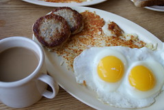 jeri's grill chicago (drew*in*chicago) Tags: morning chicago coffee breakfast amazing beverage sausage meat grill delicious eggs incredible potatos hashbrowns savory 2012 jeris chicagoist breaky drewinchicago