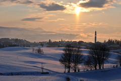 wonderland (Gimbo100) Tags: italy panorama sun snow cold ice gelo clouds landscape evening italia nuvole sunday foggy peaceful atmosphere highland neve pace sole nebbia asiago atmosfera freddo vicenza sera domenica veneto altipiano 8c canove