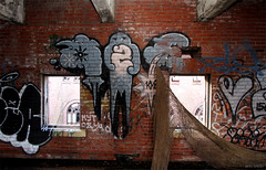 (Into Space!) Tags: ny newyork art abandoned graffiti decay abandon graff piece oze rundown grunts 907 oze108 907grunts intospace
