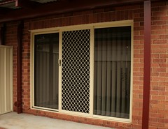 Sliding Screen (7mm Diamond Grille)