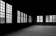 Deserted (gordeau) Tags: windows bw flickr bc empty room group gordon deserted challenge ashby brittaniabeach flickrchallengegroup flickrchallengewinner thechallengefactory gordeau