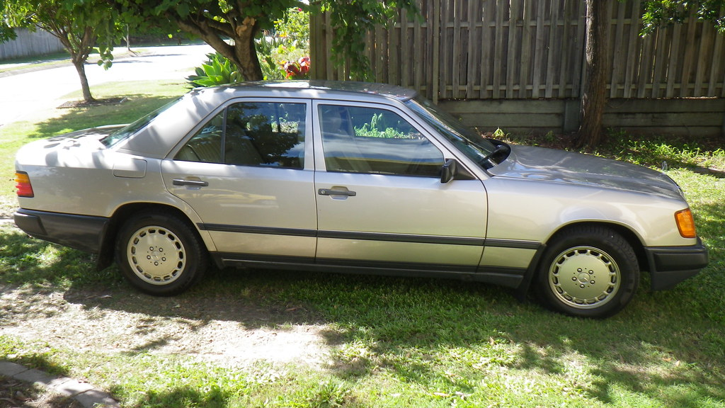 The world 39 s best photos of 200e and w124 flickr hive mind for 1989 mercedes benz 260e
