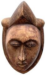 10Y_0899 (Kachile) Tags: art mask african tribal ctedivoire primitive ivorycoast gouro baoul nativebaoulmasksaremainlyanthropomorphicmeaningtheydepicthumanfacestypicallytheyarenarrowandfemininelookingincomparisontomasksofotherethnicitiesoftenfeaturenohairatallbaoulfacemasksaremostlyadornedwithvarioustrad