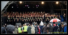THE ROCK CHOIR 1 (adriangeephotography) Tags: park light music festival rock photography folk live band pop surrey indie adrian gee guildford stoke 2009 available guilfest adriangeephotography