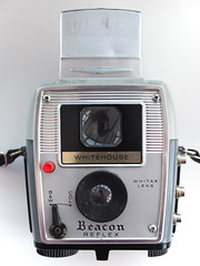 Whitehouse Beacon Reflex (pho-Tony) Tags: old tlr film analog vintage reflex 4x4 whitehouse twin 127 waist level analogue veteran beacon rollfilm 4cm whitehousebeacon waitlevel lwns 4cmx4cm 127simple whitehousebeaconreflex whitar whitarlens