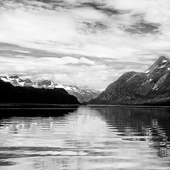 inside passage (1crzqbn) Tags: bw sunlight seascape nature monochrome alaska reflections square landscape 7d ie legacy insidepassage shining glacierbay hypothetical hss artdigital idream abigfave innamoramento trolled overtheexcellence awardtree daarklands imagicland magicunicornverybest magicunicornmasterpiece sailsevenseas exoticimage 1crzqbn pinnaclephotography sliderssunday skancheli 18522012