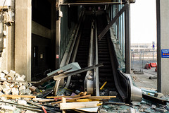 [085/366] Sun 25th Mar 2012, 16:45 (Michael Lambert) Tags: outside scotland dundee escalator demolition photoaday 2012 x10 366 taysidehouse 366project 3652012 2012yip ml366mar