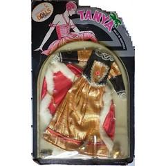 Tanya ballo in maschera (topocri2000) Tags: fashion doll tanya petra tina clone mattel puppe ratti ceppi ceppiratti