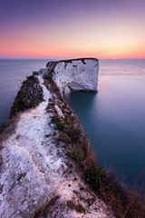 First Light at Old Harry (paulwynn-mackenzie.co.uk) Tags: cliff sunrise chalk dorset tones subtle leadinglines oldharryrocks leadin